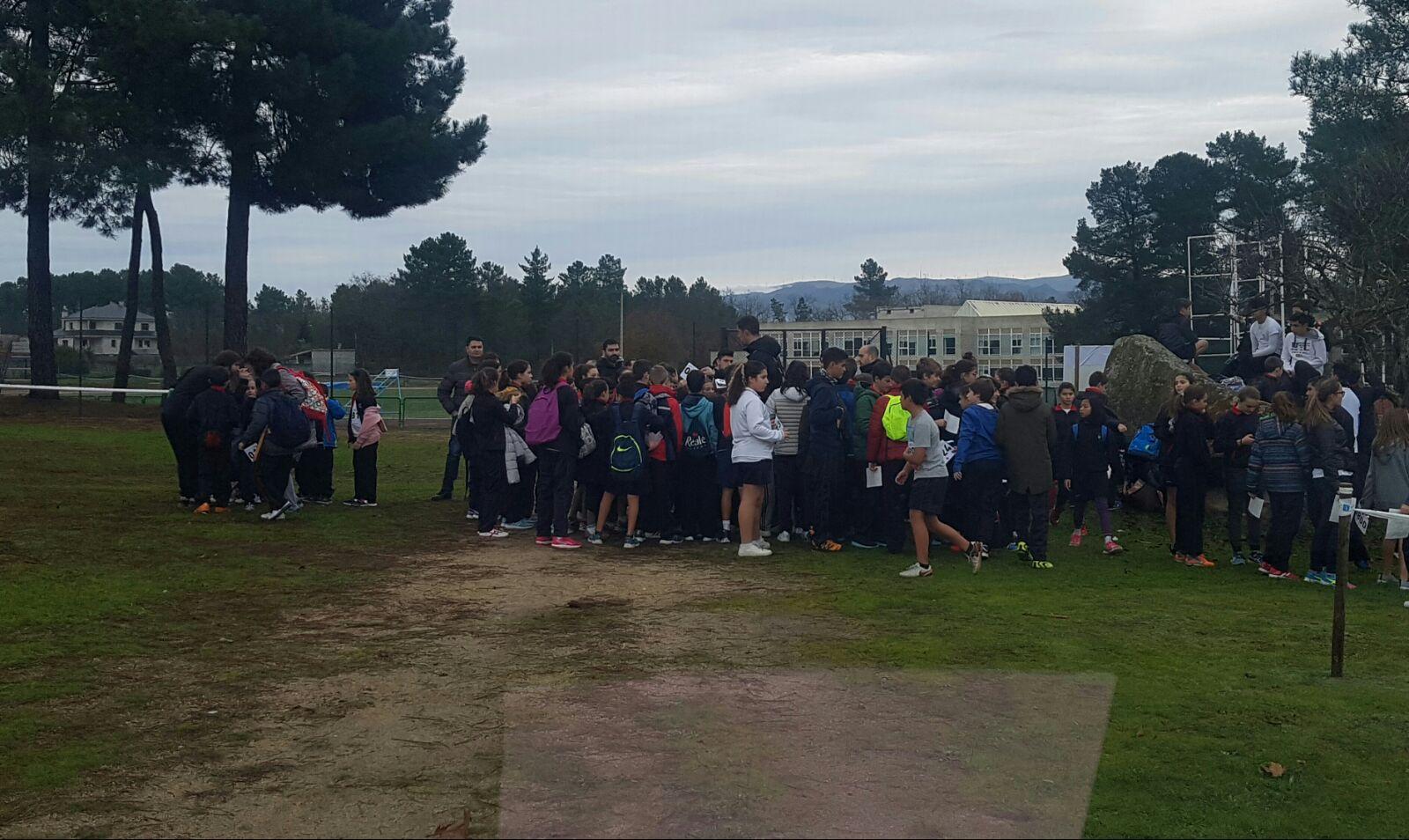 Campo a través de escolares en Monterrei