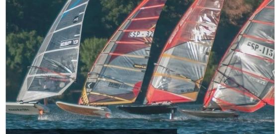 Regata clasificatoria de Windsurf
